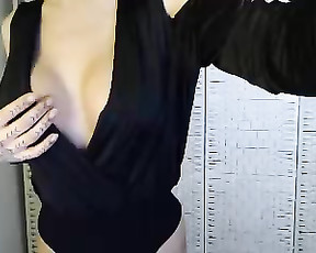jessica_ashley 2020 04 19_00 17 24_279  chaturbate Model  tip 69 tokens to roll the dice and win a prize